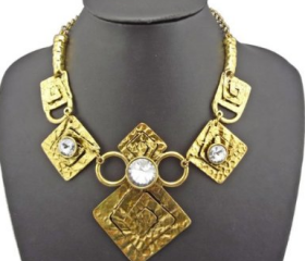 Vintage Style Gold Unique Square Big Crystal Chunky Statement Bib Necklace