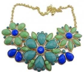 Hot New Fashion Resin Drop Petal Flower Choker Bib Statement Necklace